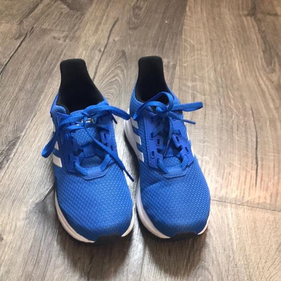 Adidas blue cloud foam boys size 1